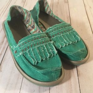 Sanuk Green canvas embroidered tribal loafers